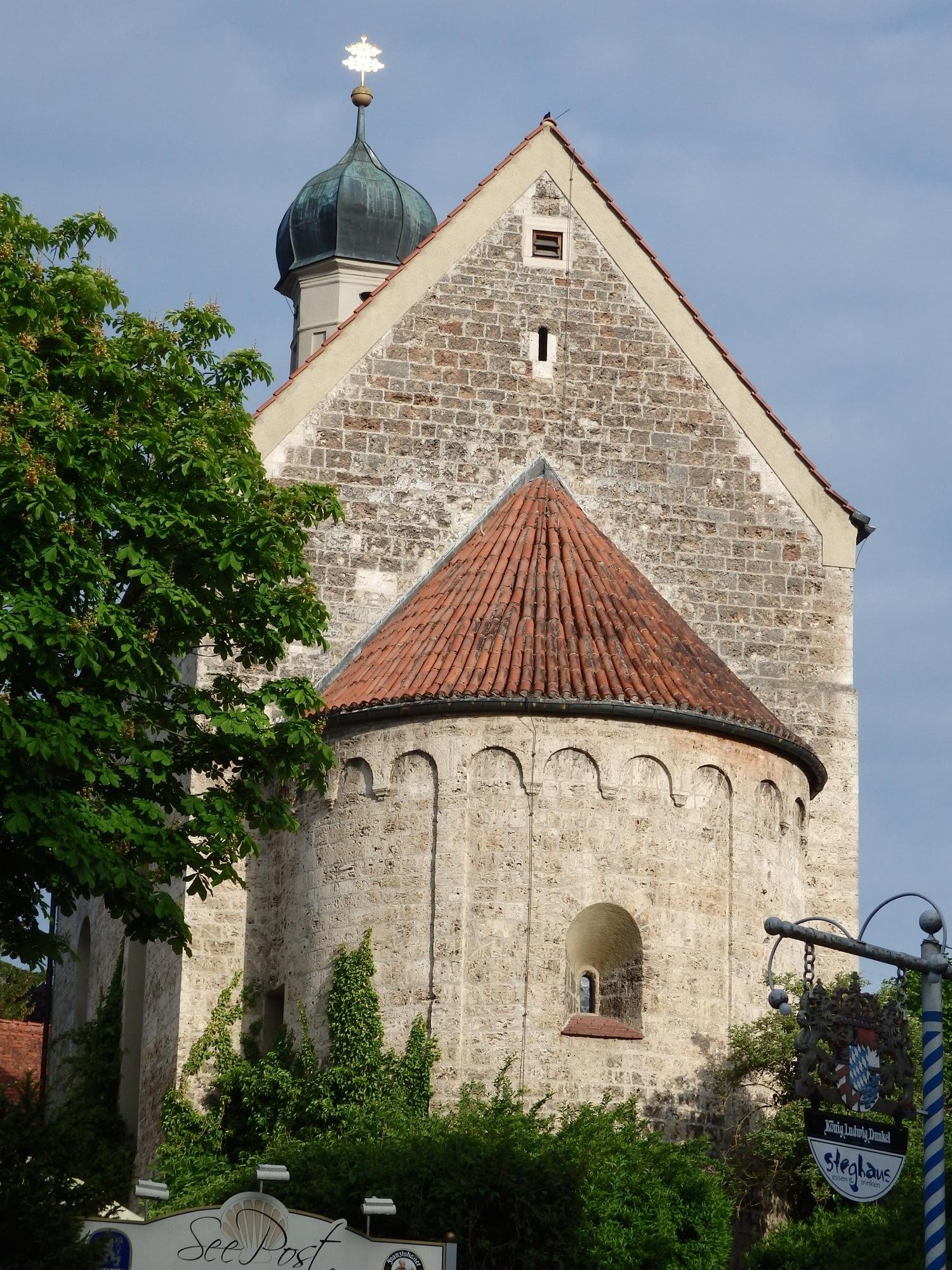 Die Kirche von Schondorf (Copyright: Brigitte Bergmaier)