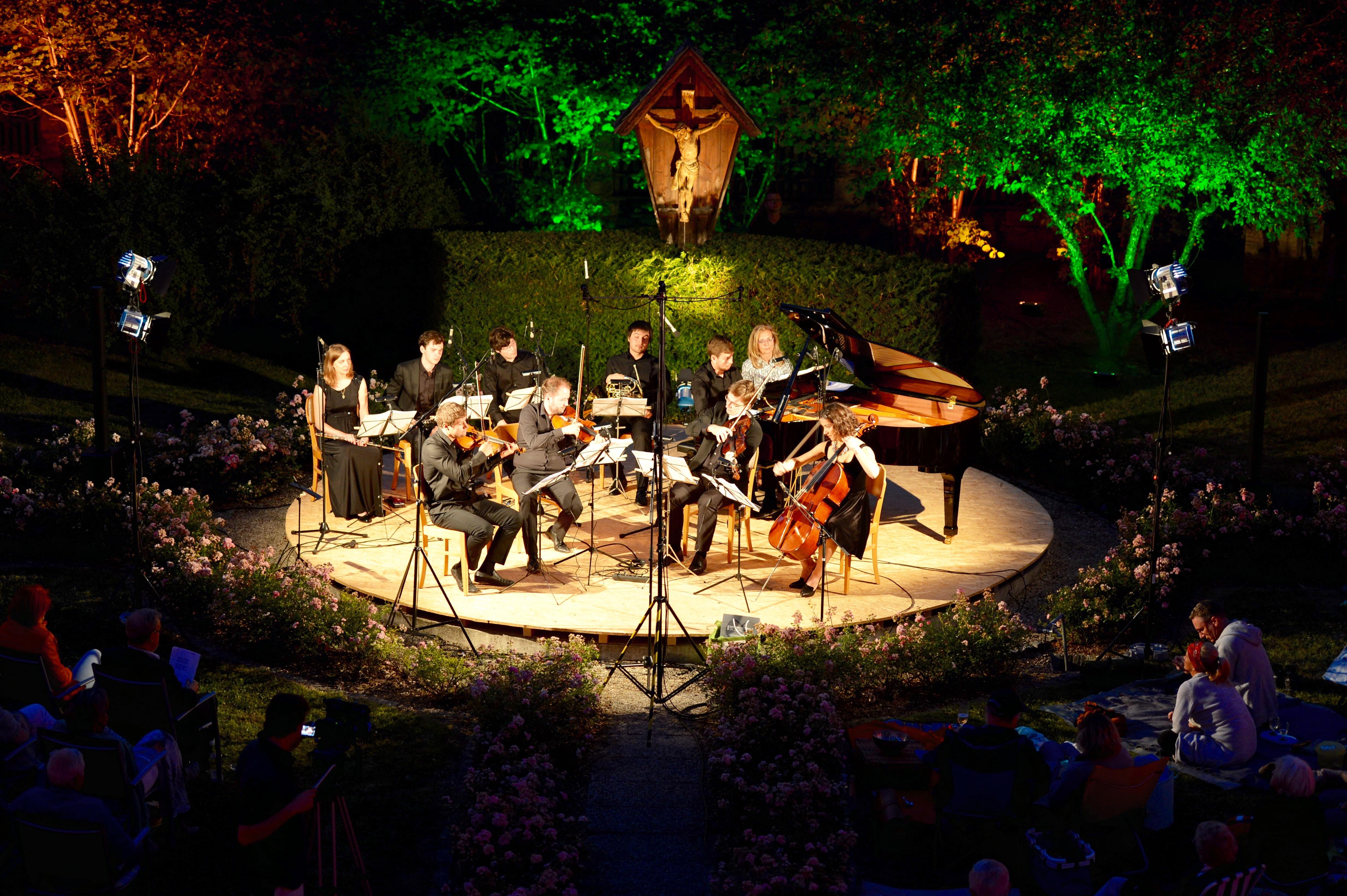 Ensemble 2012 der Russisch-Deutschen Musikakademie - Picknick mit Tschaikowsky
