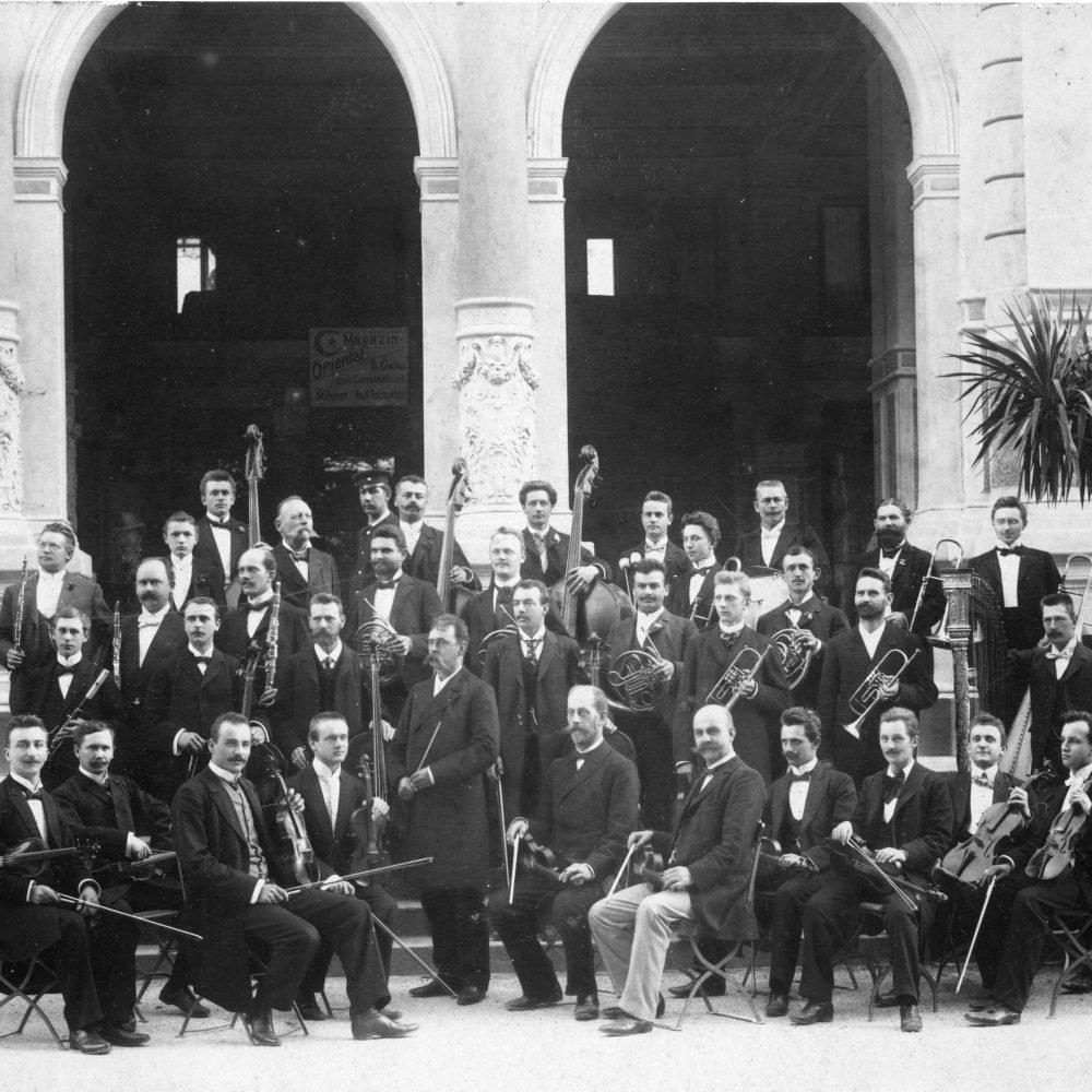 Das Kurorchester unter Gustav Paepke um 1900 - Stadtarchiv Bad Reichenhall